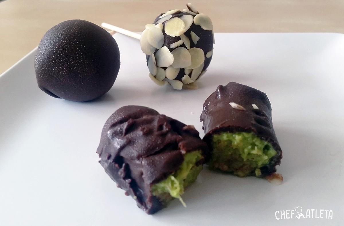 Receta de Bocados de aguacate con chocolate negro