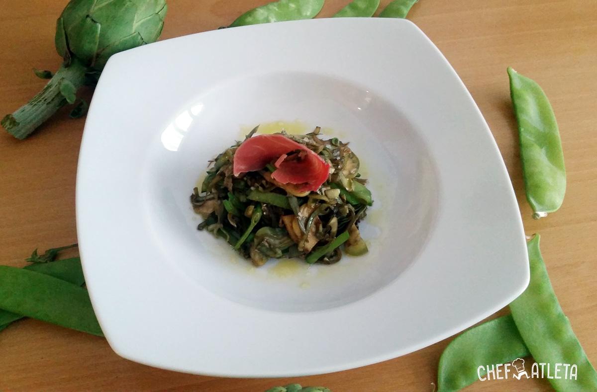 Receta de Salteado de alcachofas y tirabeques con jamón