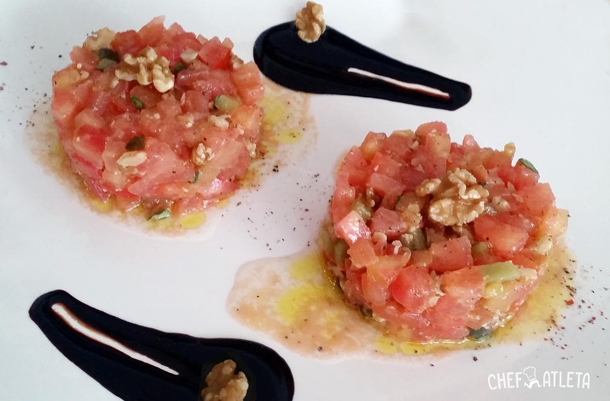 Receta de Tartar de tomate con tomillo y nueces