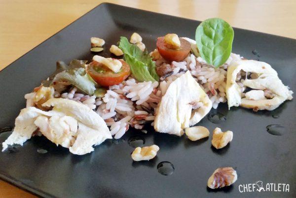 Receta de Ensalada de arroces variados con pollo y nueces